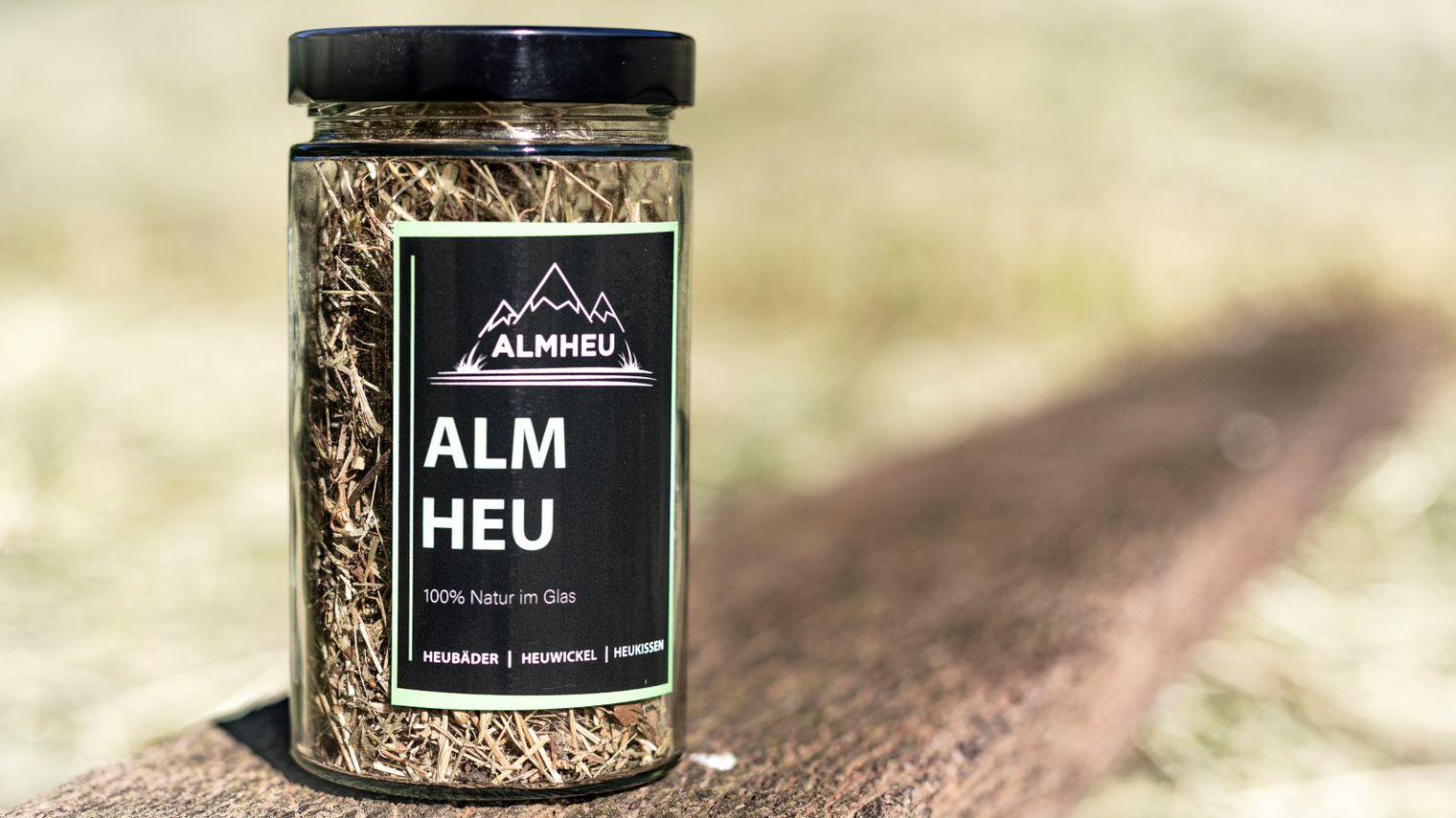 Wellnessheu, Almheu Wellness, Heublumen, Heublumenbad, Sitzbad, Heuwickel, Heukissen, Heubäder